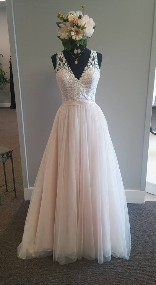 Light Pink Sleeveless Lace Appliqués A-line Floor-Length Wedding Dress,  Plus Size Wedding Dress