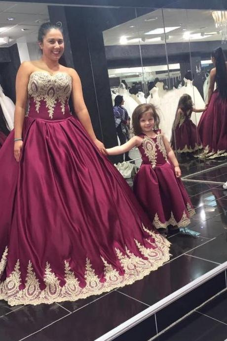 Appliques Prom Dress,Lace Prom Dresses,New Arrival Prom Dress,Modest Prom Dress,Burgundy Prom Dress ,Ball Gown Prom Gowns,Gold Bridal Dress,Elegant Prom Dress 2017,Prom Dresses
