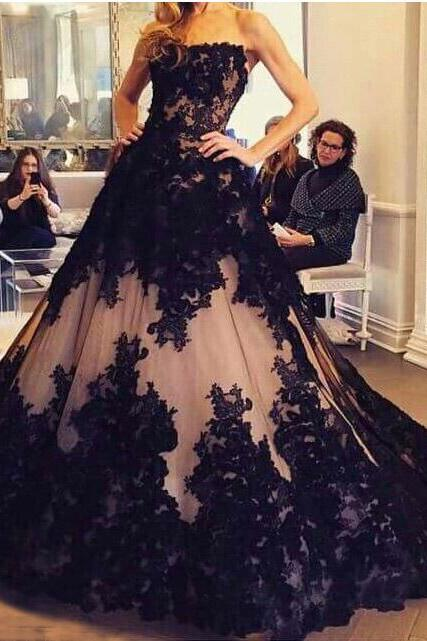 Black Lace Luxury Evening Dresses,2017 A-line Strapless Prom Dresses,Backless Formal Dresses,Sweep Train Tulle Party Dresses,Prom Dresses,BH58