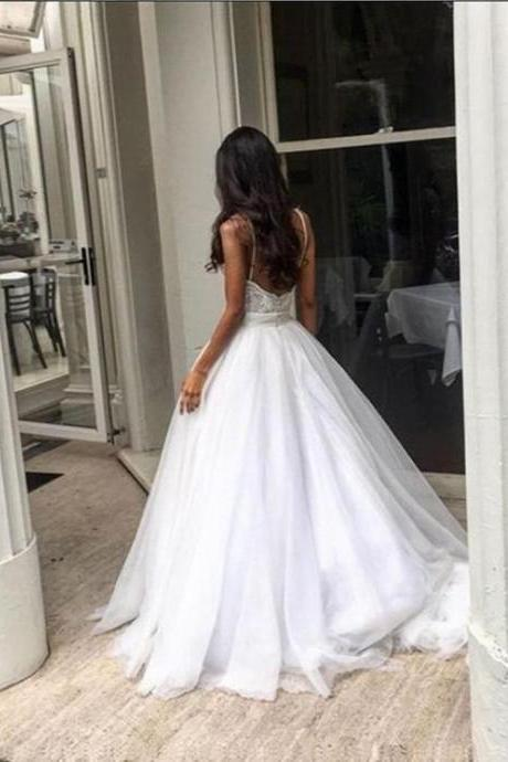 Spaghetti Strap Wedding Dresses,Lace Bodice Bridal Dress,White Tulle Wedding Dresses,Sweep Train Sweetheart Wedding Gowns,Wedding Dresses,BY564
