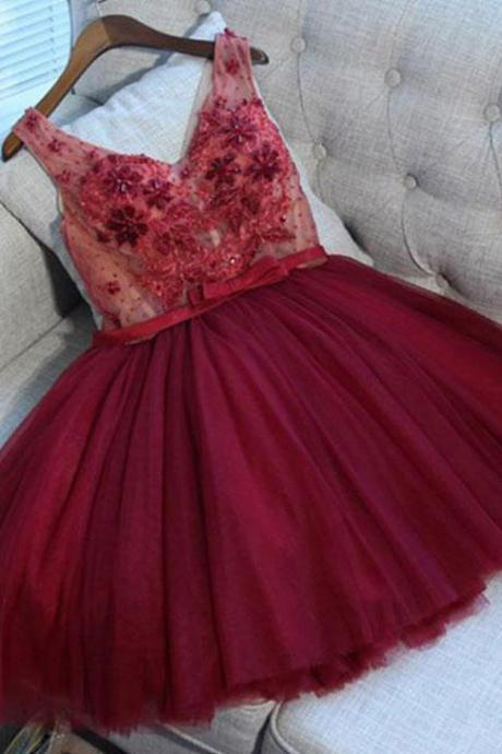 Cute A-Line V Neck Lace up Short Prom Dresses, Burgundy Tulle Homecoming Dress with Appliques,Short Sweet 16 Dresses, Homecoming Dress UH65