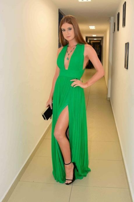 Green Prom Dress,Sexy Prom Dresses,Deep V-Neck Prom Dress, Long Prom Evening Dress,Chiffon Prom Gown,Charming Prom Dress, Custom Made Prom Dress,Prom Dresses