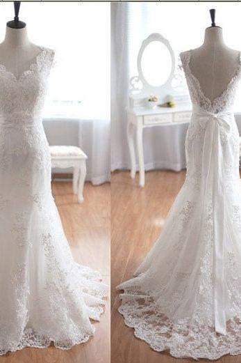 Sweetheart Wedding Dresses 2017,Appliques Wedding Gown,Lace Wedding Gowns,New Arrival Wedding Dress,Sleeveless Wedding Dress,Vintage Wedding Gowns,Wedding Dresses