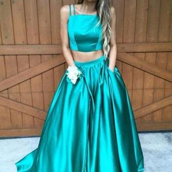 Modest Prom Dress 2017, A-line Prom Dress, Two Piece Prom Dresses, Hunter Green Prom Dress, Long Evening Dresses, Formal Evening Dress, Prom Dresses